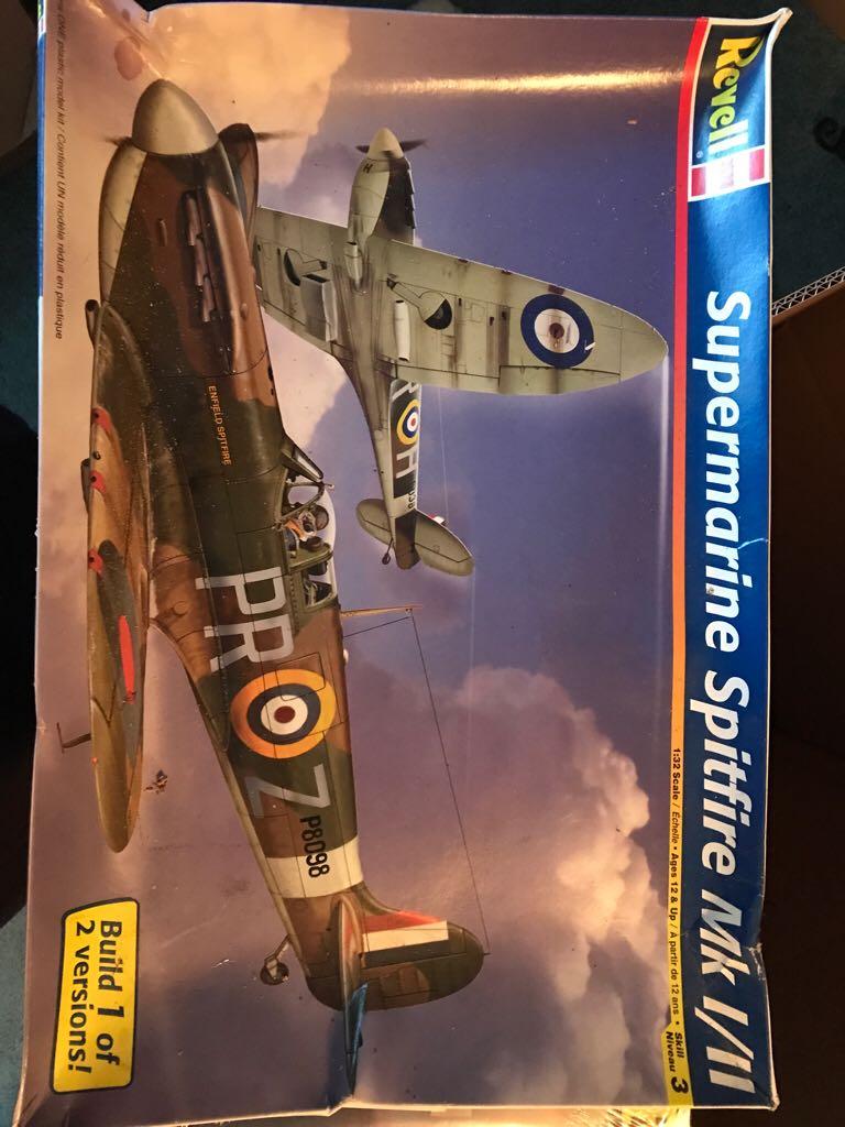 Spitfire Mk I/II Plane - Supermarine front image (front cover)