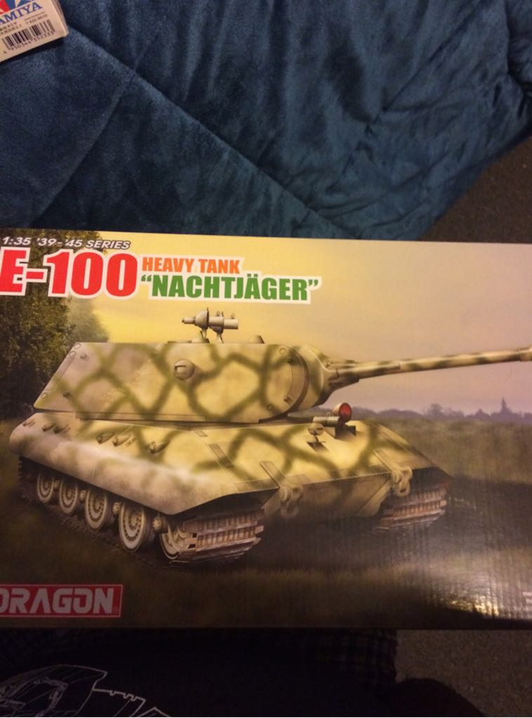 E-100 Heavy Tank Nachtjager Plane - Dragon front image (front cover)