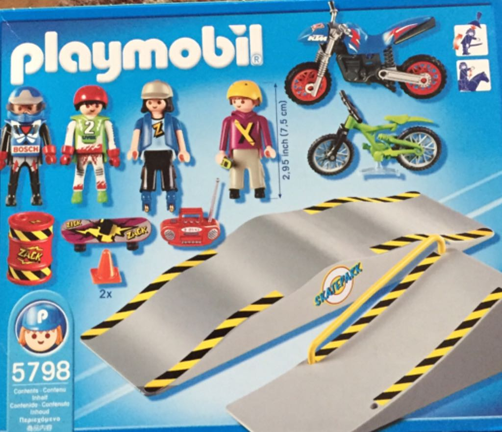 5798 bmx and skatepark playmobil city life 5798 from. Black Bedroom Furniture Sets. Home Design Ideas