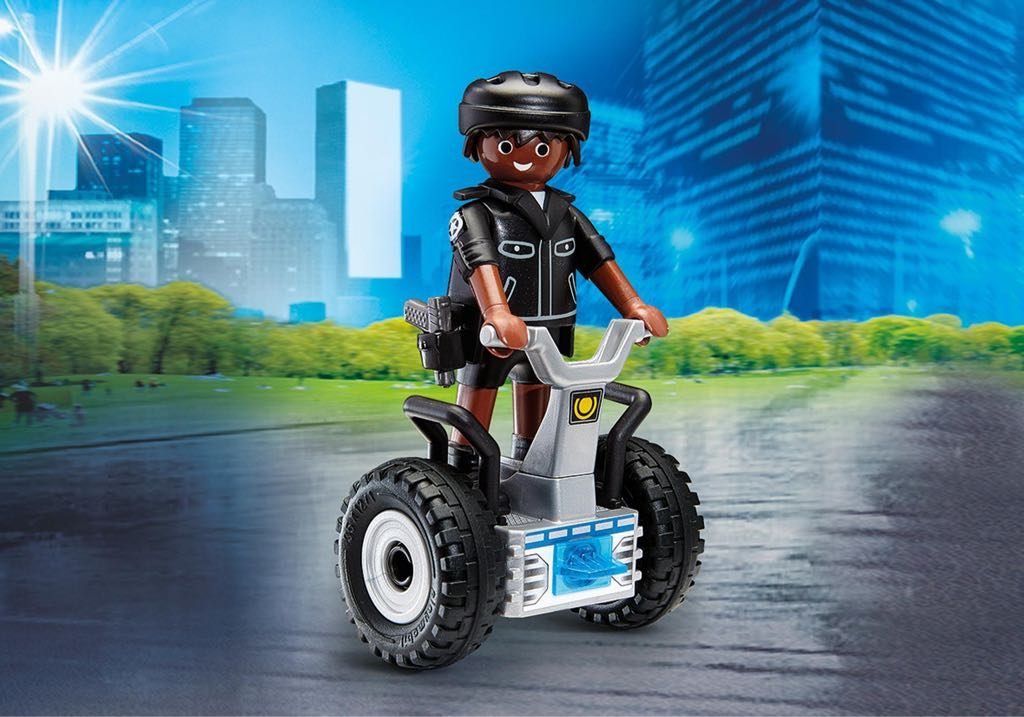 "Policier Avec Gyropode Playmobil - City Action ""Police"" (9212) front image (front cover)"