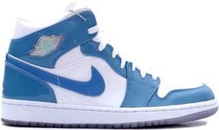 Air Jordan 1 Retro Shoe - Air Jordan (White/University Blue) front image (front cover)