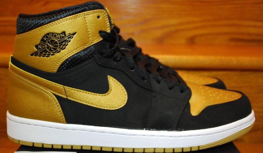 Air Jordan 1 Retro Shoe - Air Jordan (Black/Gold/Gum) back image (back cover, second image)