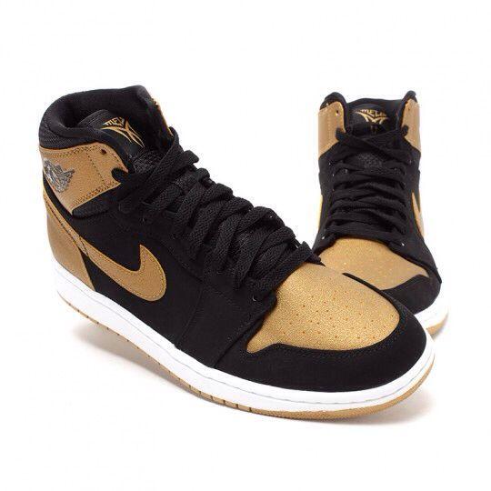 Air Jordan 1 Retro Shoe - Air Jordan (Black/Gold/Gum) front image (front cover)