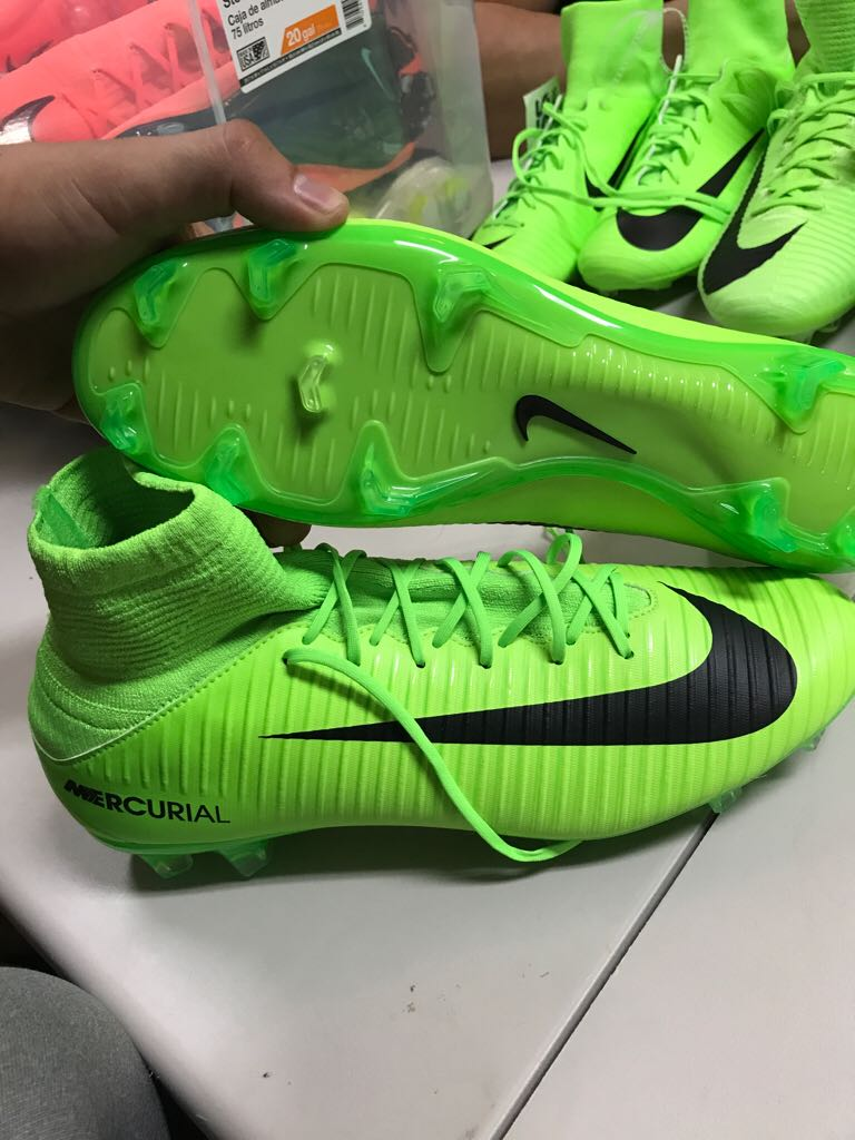 separation shoes ec19f 7e80d Nike Mercurial Veloce III DF FG 831961-303 Shoe front image (front cover)