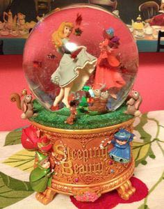 Sleeping Beauty Art Of Aurora Snow Globe Snowglobe front image (front cover)