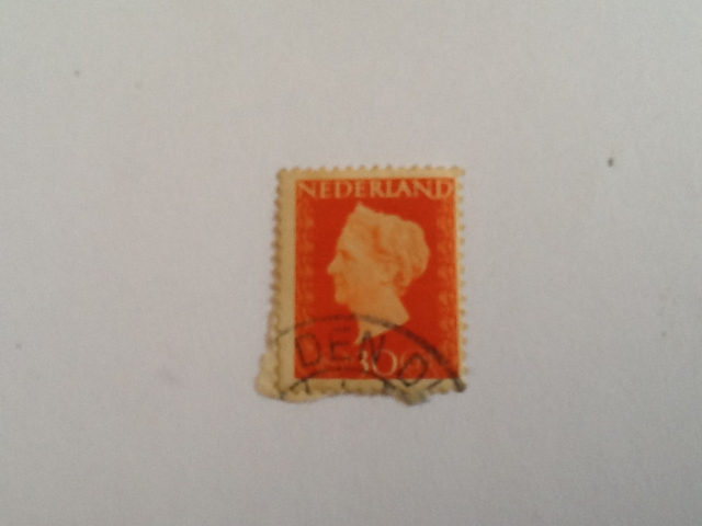 Koningin Wilhelmina Stamp - Dutch (Hartz(30)) back image (back cover, second image)
