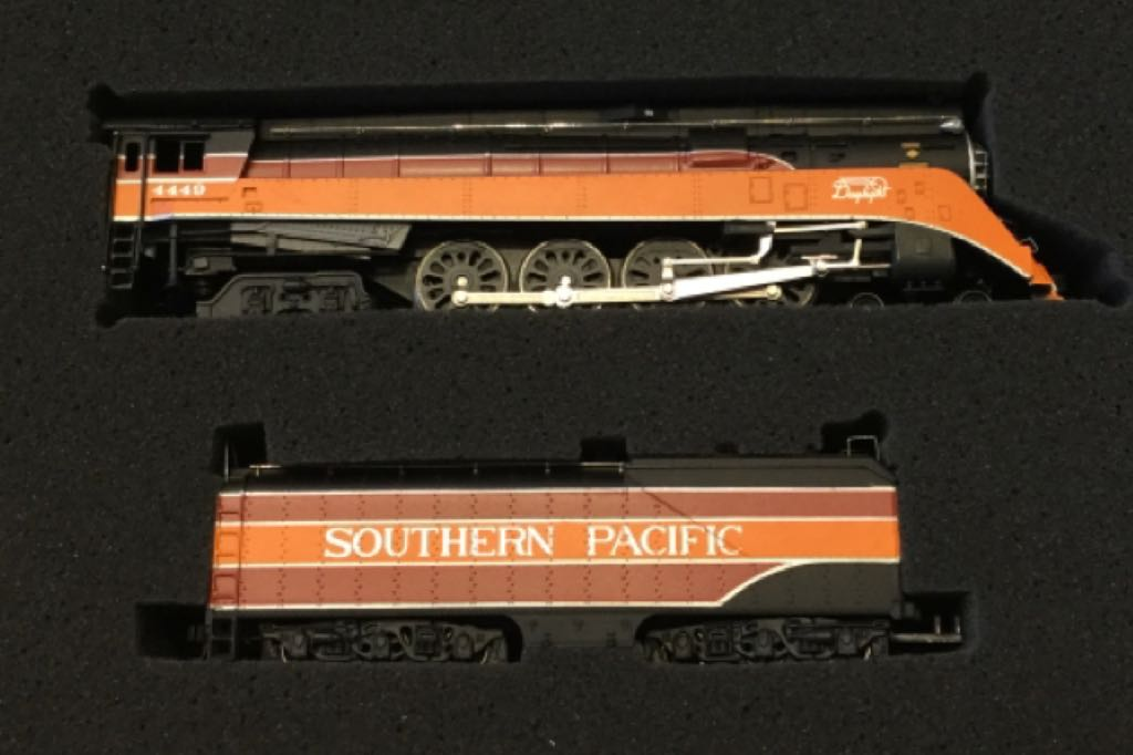 11301 Train - Bachmann (4-8-4 Steam Engine) front image (front cover)