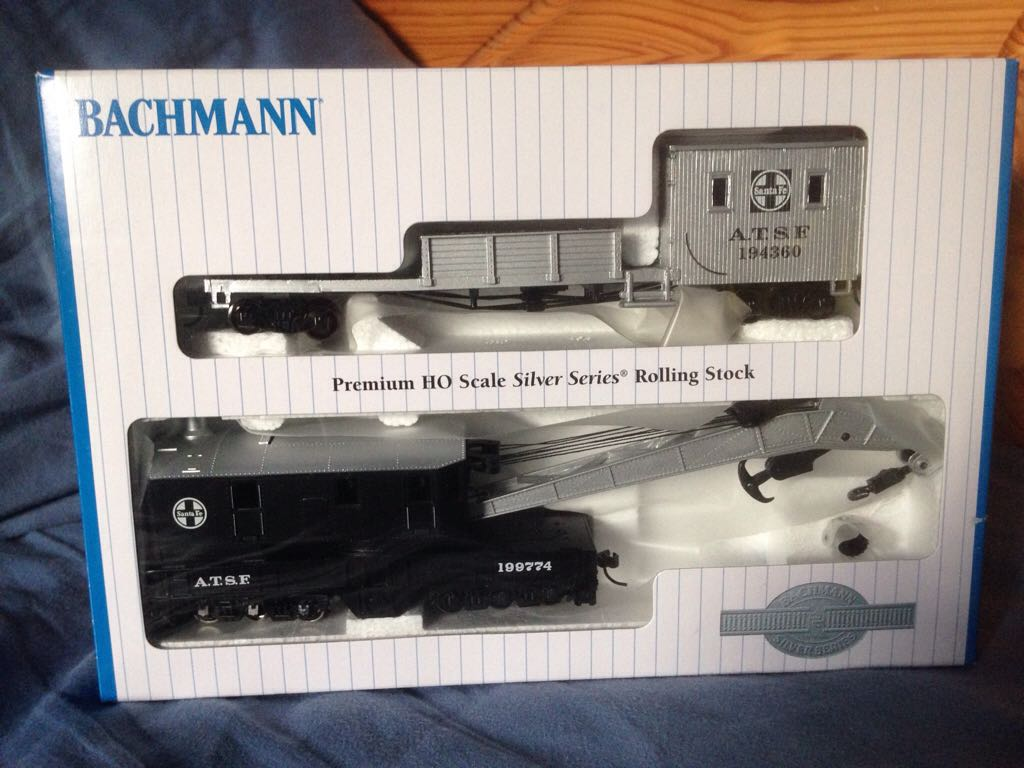 ATSF Crane Train - Bachmann Silver Series (250 Ton Crane Car And Boom Tender) back image (back cover, second image)