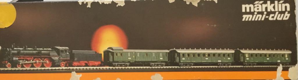 Marklin #8100 4-6-2 Steam Engine W/3 Passenger Cars Train - Marklin (Train Set) back image (back cover, second image)