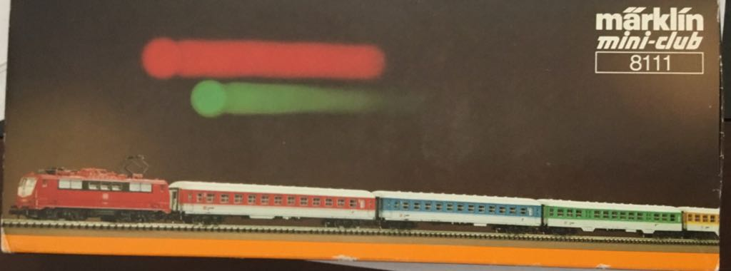 Marklin #8111 DB Passenger Demonstration Train - Marklin (Train Set) back image (back cover, second image)