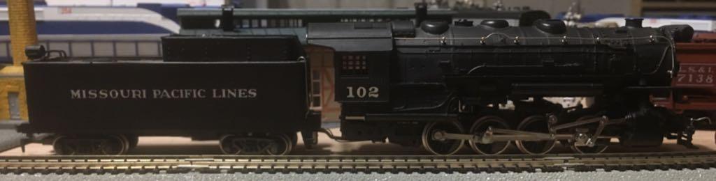 Missouri Pacific Rivarossi 0-8-0 #102 Train - Rivarossi (0-8-0) front image (front cover)