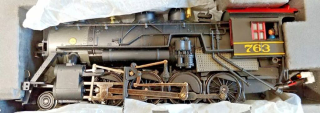 Bachmann Spectrum Western Maryland 2-8-0 Train - Bachmann Spectrum (2-8-0 Consolidation Steam Loco) front image (front cover)