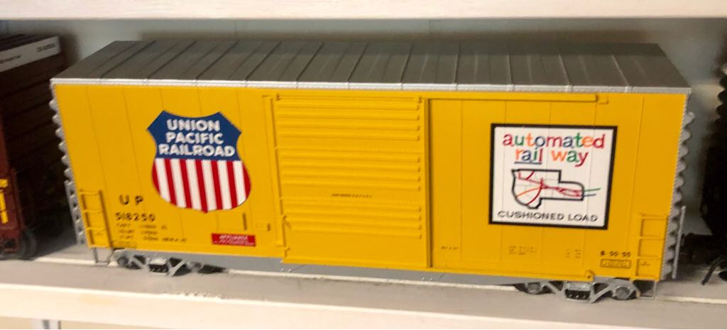 Atlas 804-1 Train - Atlas (40' Hy-Cube) front image (front cover)