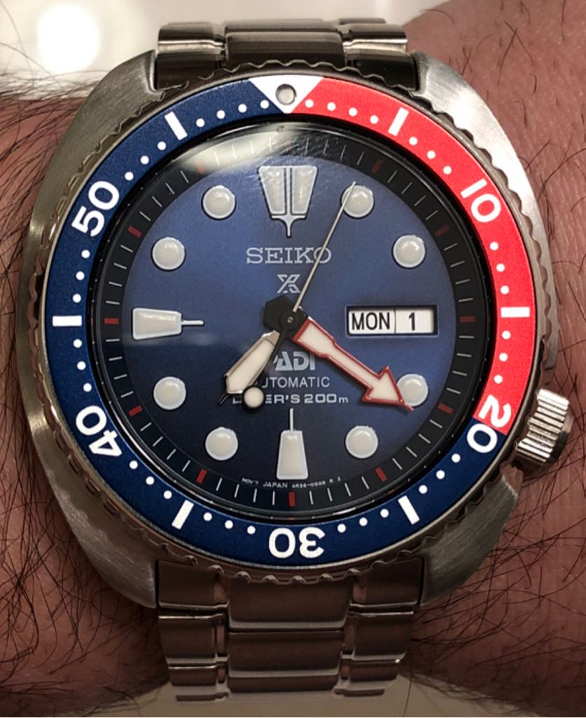 Seiko Diver's Watch - Seiko (SRPA21) front image (front cover)