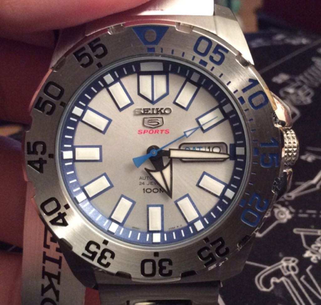 "Seiko 5 SRP481 Automatic Silver Dial Stainless Steel Mens Watch Watch - Seiko (Ref. SRP481K1 ""Mini Ice Monster"", 4R36-02S4) front image (front cover)"