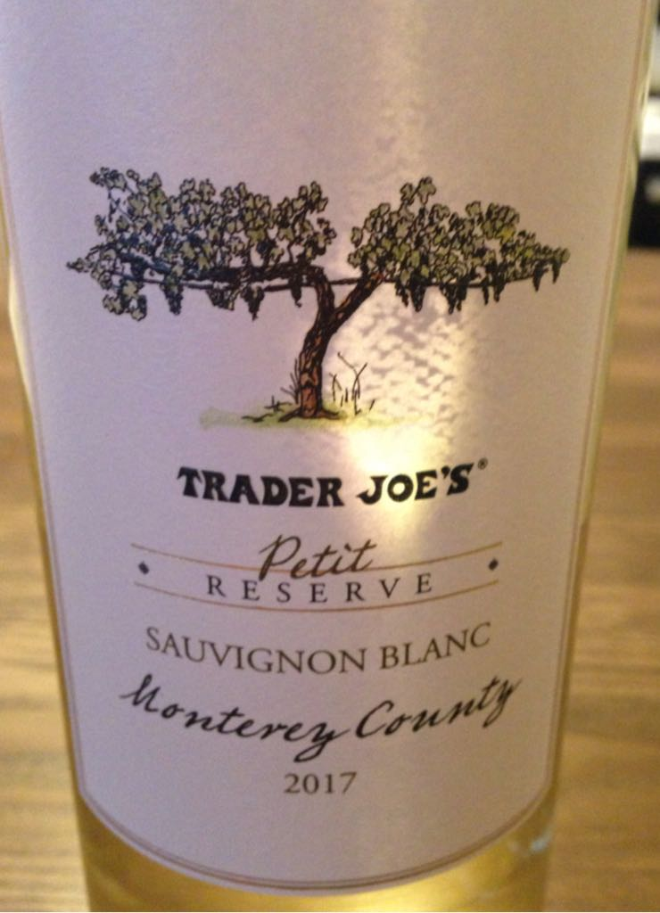 Trader Joes Petite Reserve Monterey County Wine - 100% Sauvignon Blanc (Trader Joes Petit Reserve Monterey County) front image (front cover)